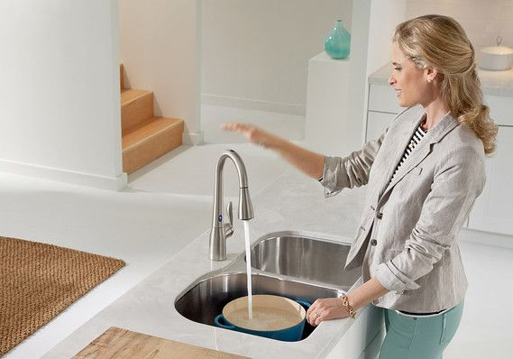 Hands Free Faucet Great For A Kitchen Island Kitchen Faucet