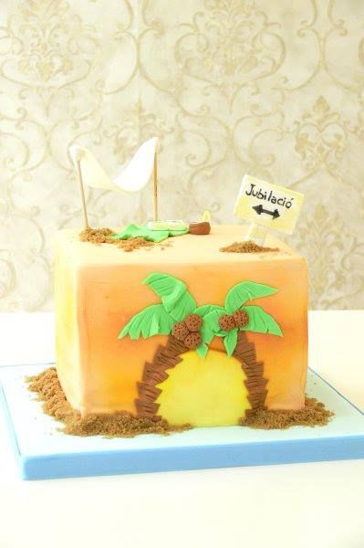 Retirement cake, relax into the beach, book, coctel...