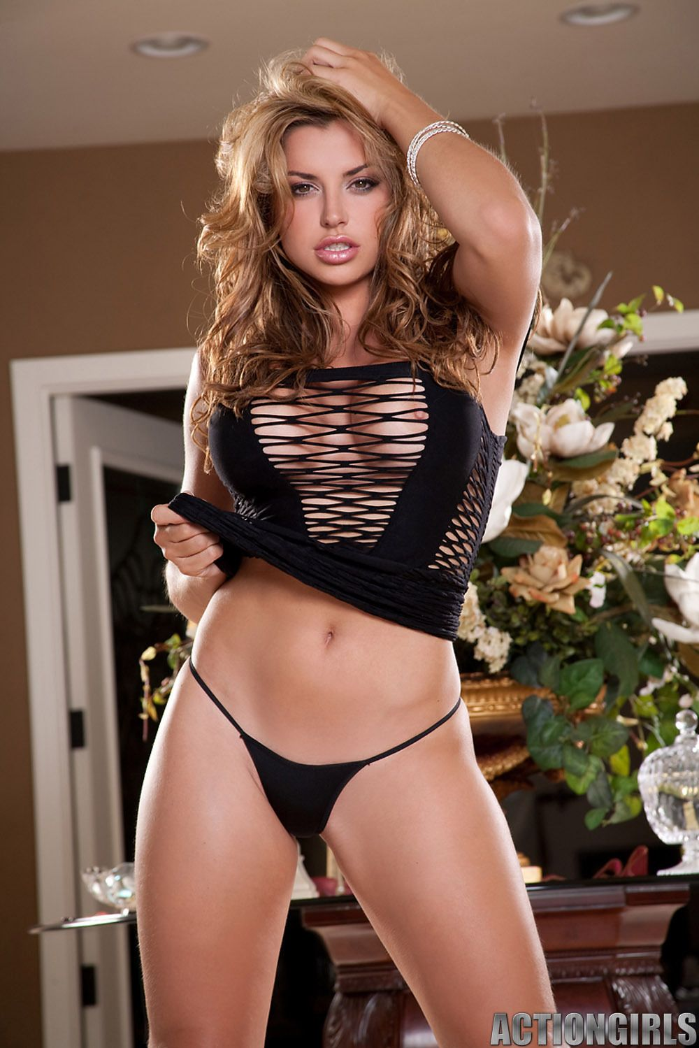 Porno Louise Glover  nudes (62 photo), Twitter, cleavage