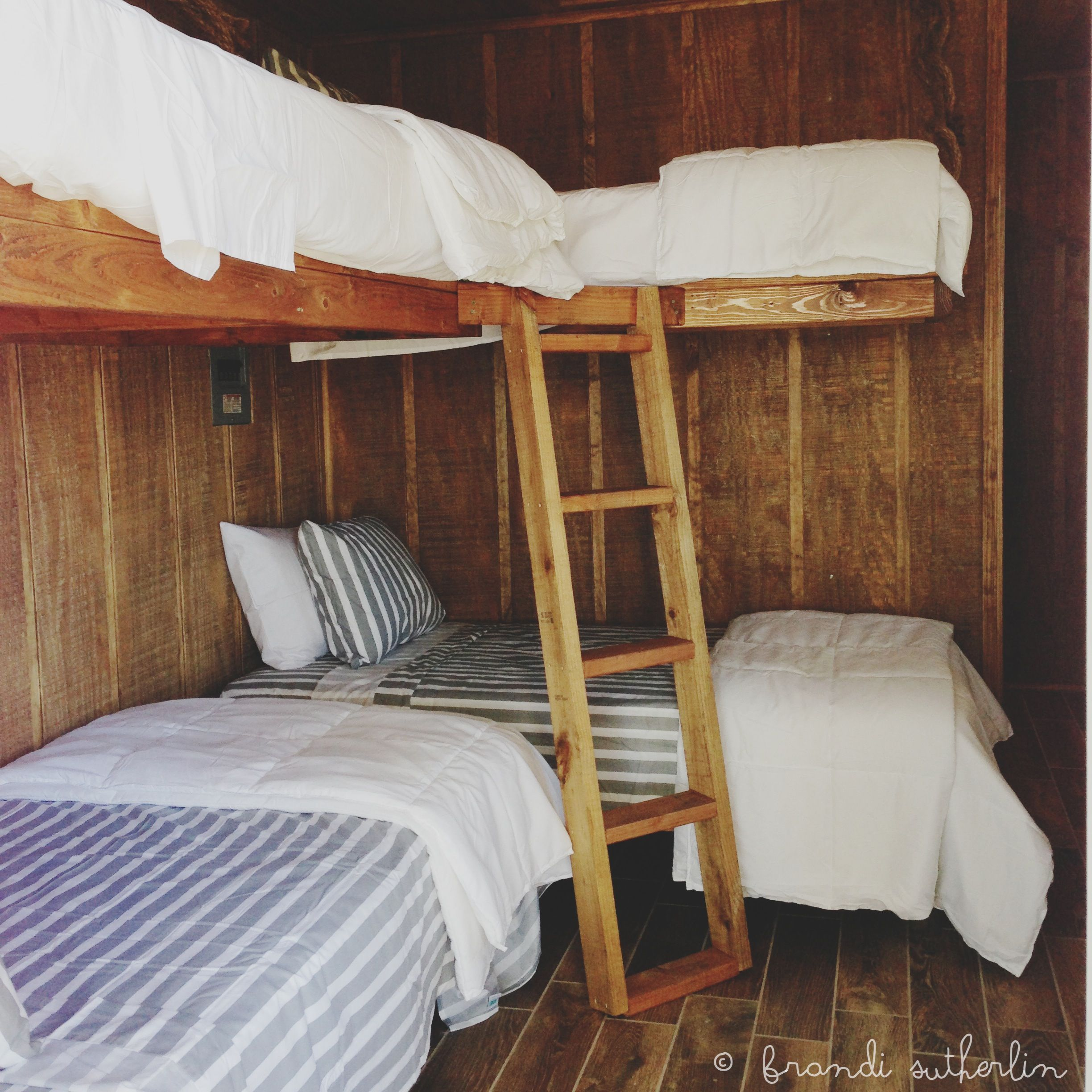 Bunkhouse beds that my hubby built done love for Cabin bed plans