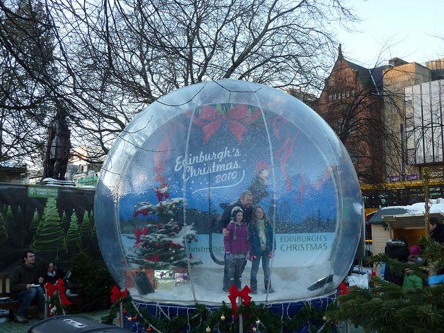 Life Size Snow Globe Snow Globes Christmas Globes Parade Float Diy