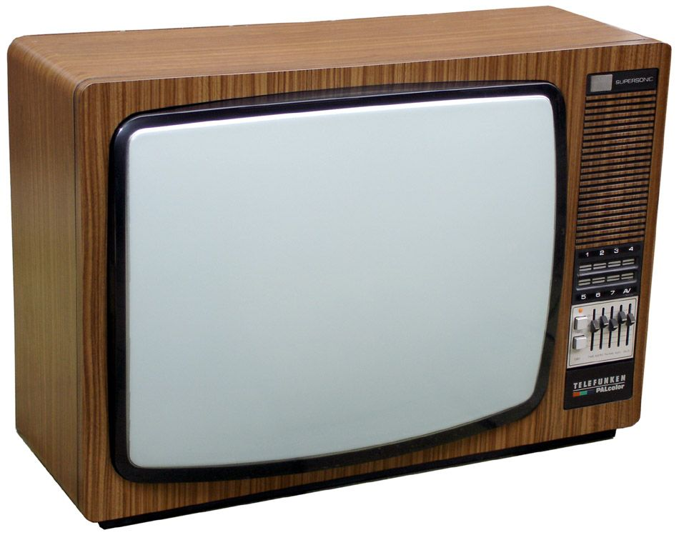 Televisori Antichi Legno.The First Tv My Parents Probably Had A Telefunken Lasted