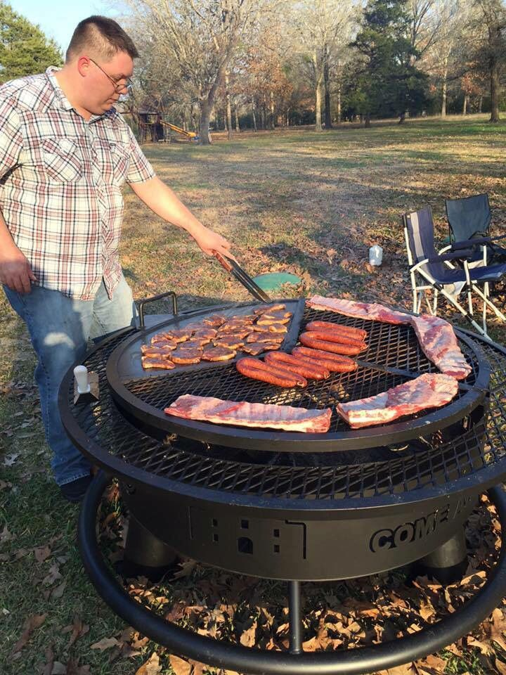 Grill In 2020 Fire Pit Bbq Bbq Grill Design Diy Bbq