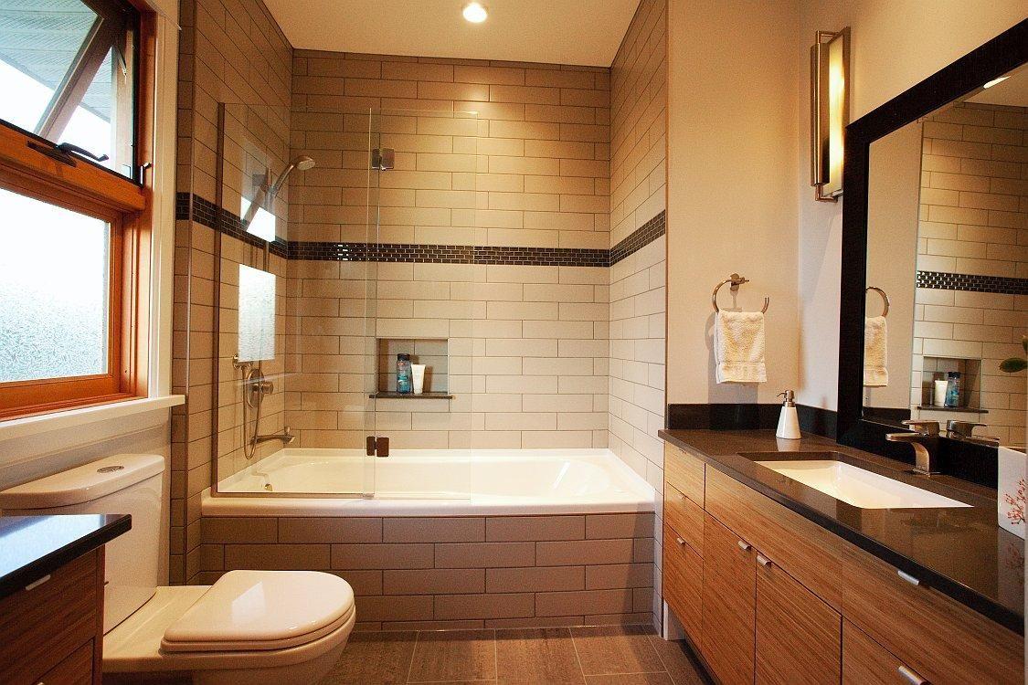 Bathroom, Elegant And Glamour Design Bathroom With Combo Shower ...