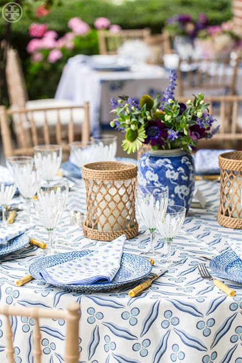 11 Tablescapes To Inspire Your End Of Summer Party Summer Table