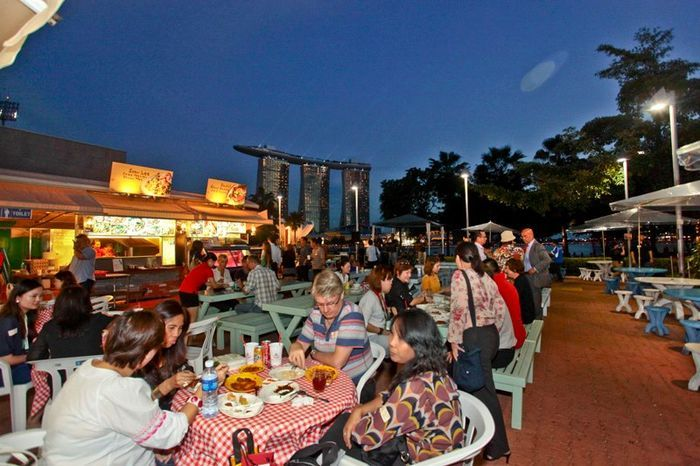 Best Eating And Drinking In Singapore Best Hawker Centres In 400 x 300