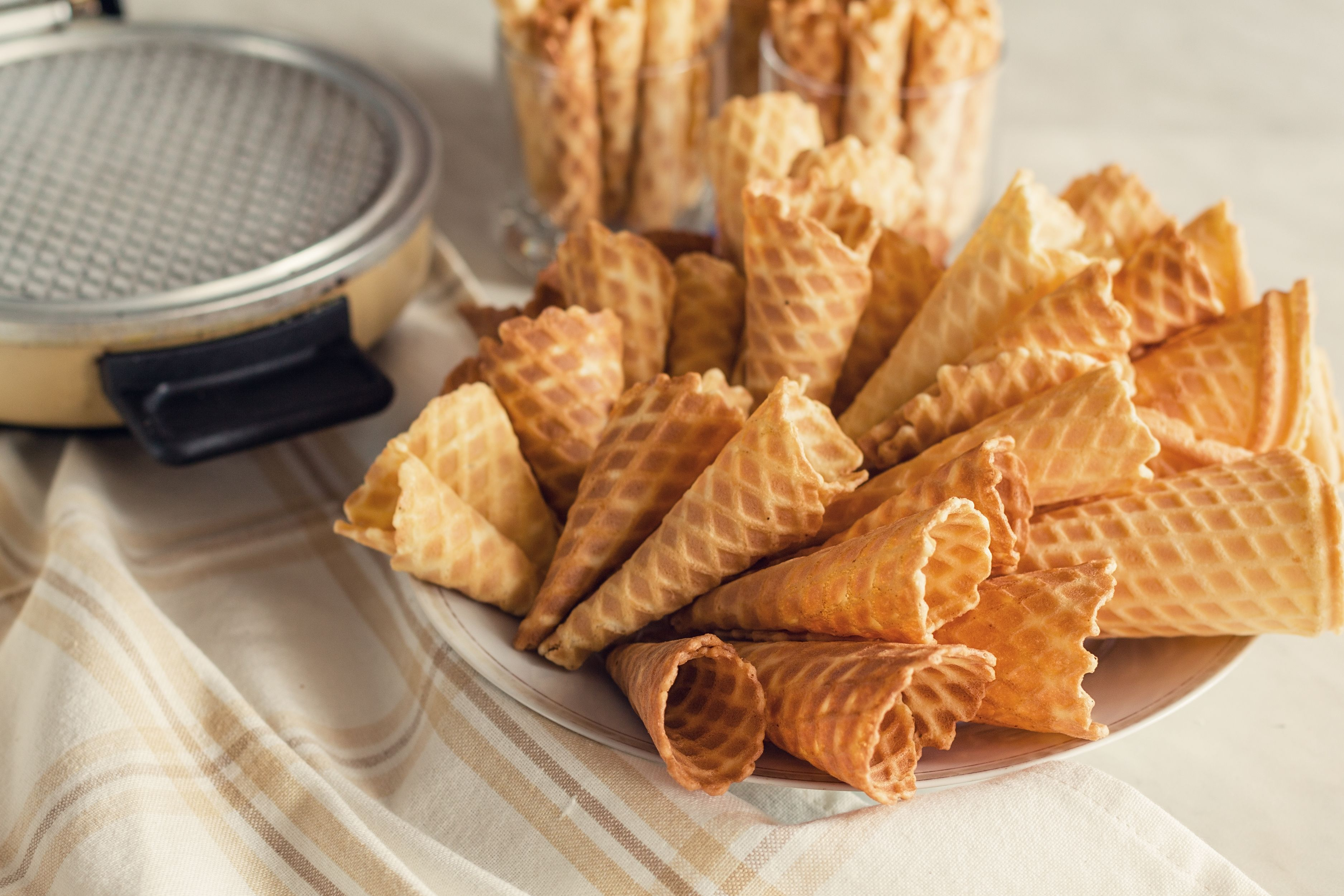 how to make waffle cones with a belgian waffle iron