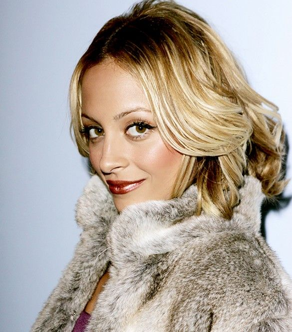 Happy Birthday, Nicole Richie! See Her 10 Most Daring Beauty Moments via @byrdiebeauty