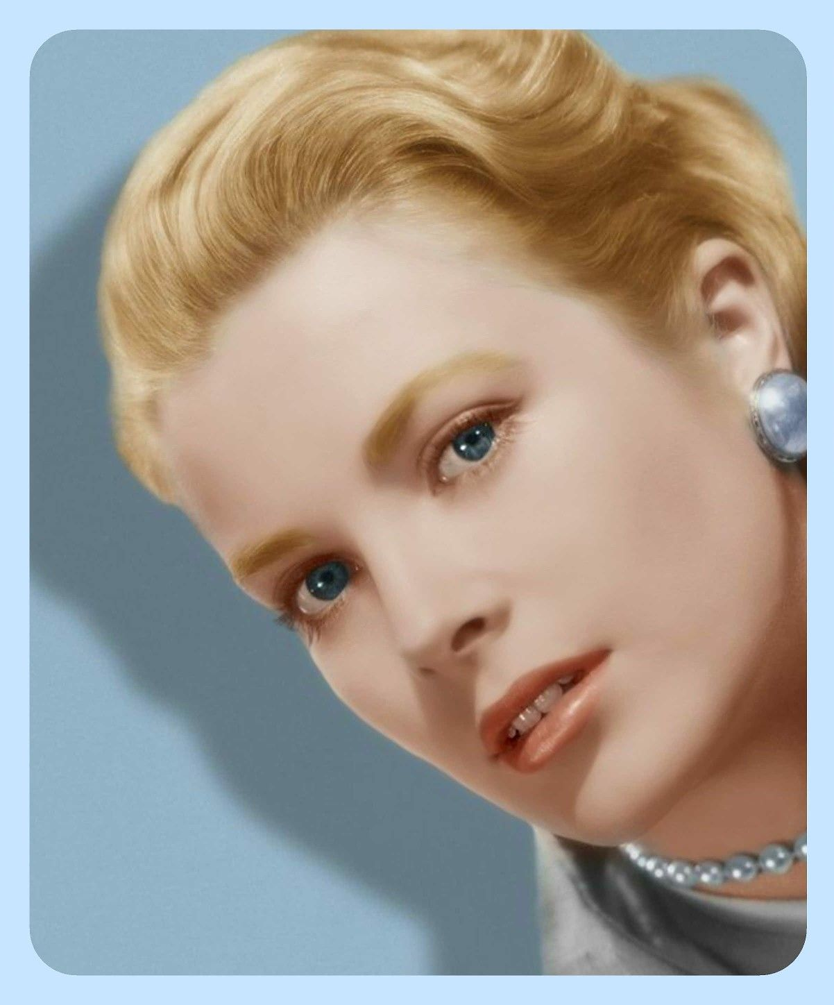 Iconic Actress Grace Kelly Allure Style Look Classic Chic Glamour