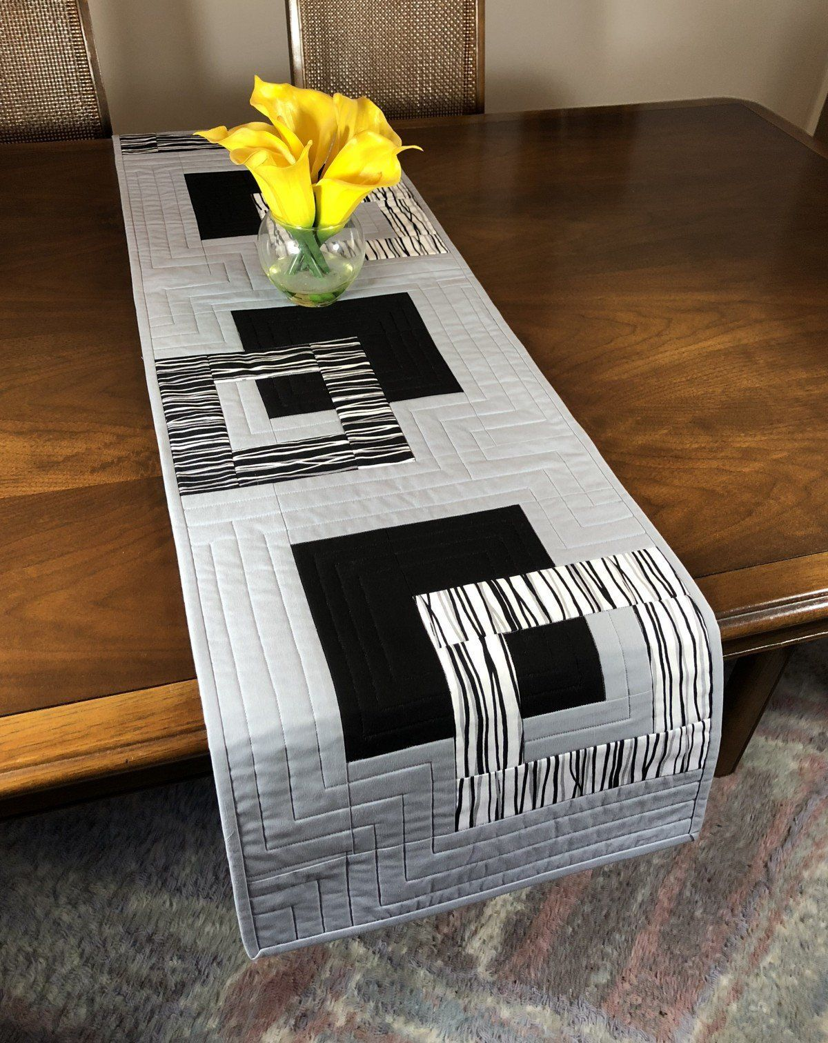 Modern Quilted Table Runner Black White And Grey Wallhanging Reversible Tablerunner Modern Table Decor Modern Quilted Table Runner Modern Table Decor Modern Table Runners Table Runner Pattern [ 1512 x 1200 Pixel ]