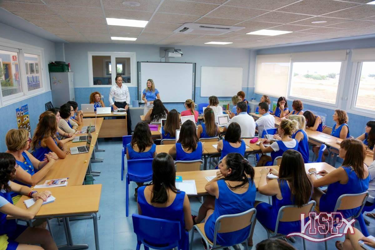 Coordinados para el curso17/18! #ColegiosISP #profesoresISP y #TeamISP dedicaron lunes y martes a aunar criterios y coordinar objetivos