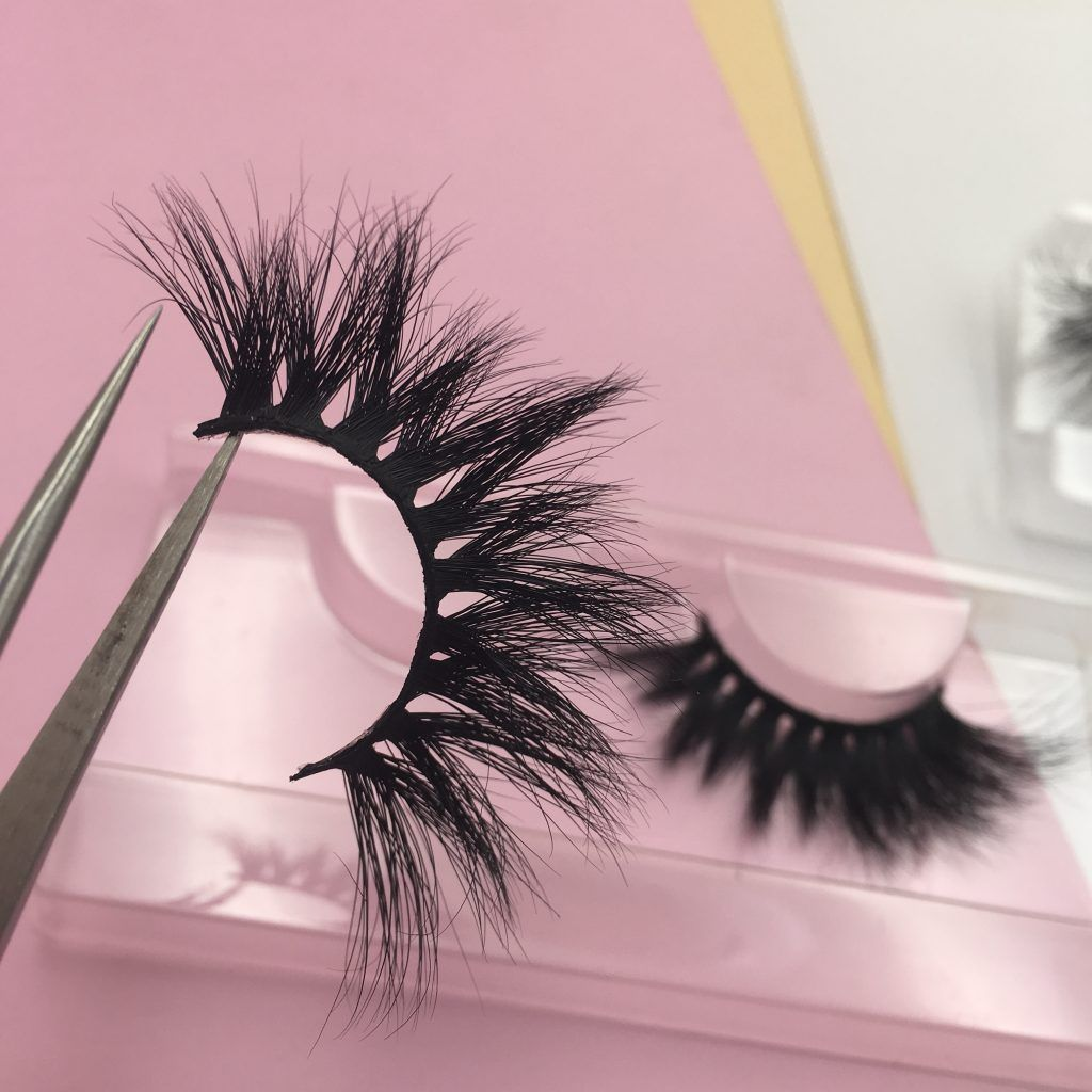 How to maintain the mink lashes mink eyelashes strip