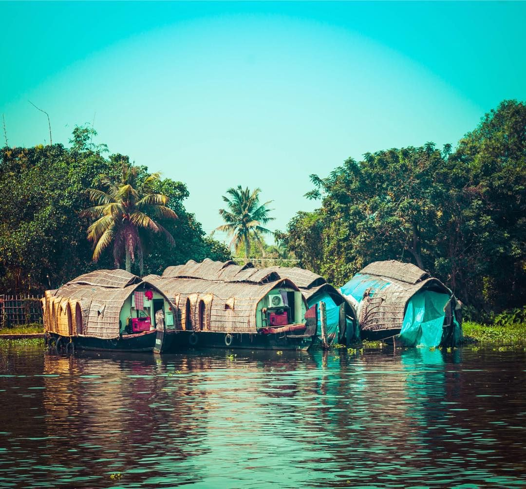 "Kerala Places To Visit: Treyratcliff: ""The House Boats Of Kerala And The Last"