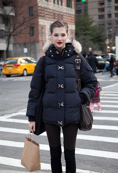 On the street. Nice puffa jacket. | Autumn Winter Casual Style ...