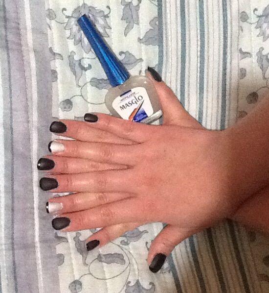 Uñas en negro masificadas con esmalte masglo | Nail Art - Uñas ...