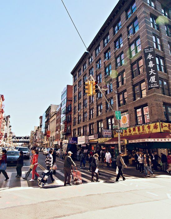 Explore Chinatown and Little Italy