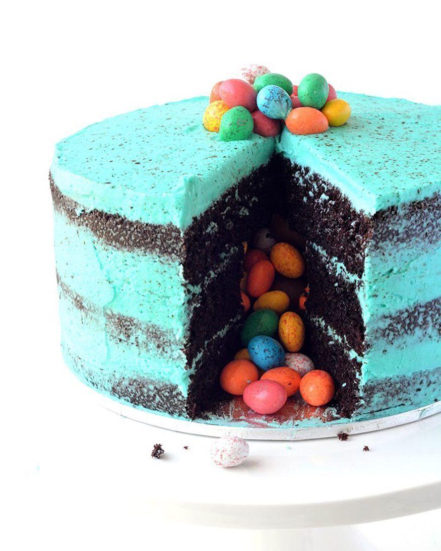 Photo of Letztes Jahr feiere ich Ostern mit diesem Speckled Egg Chocolate Piñata Cake Three … – Leben Vida