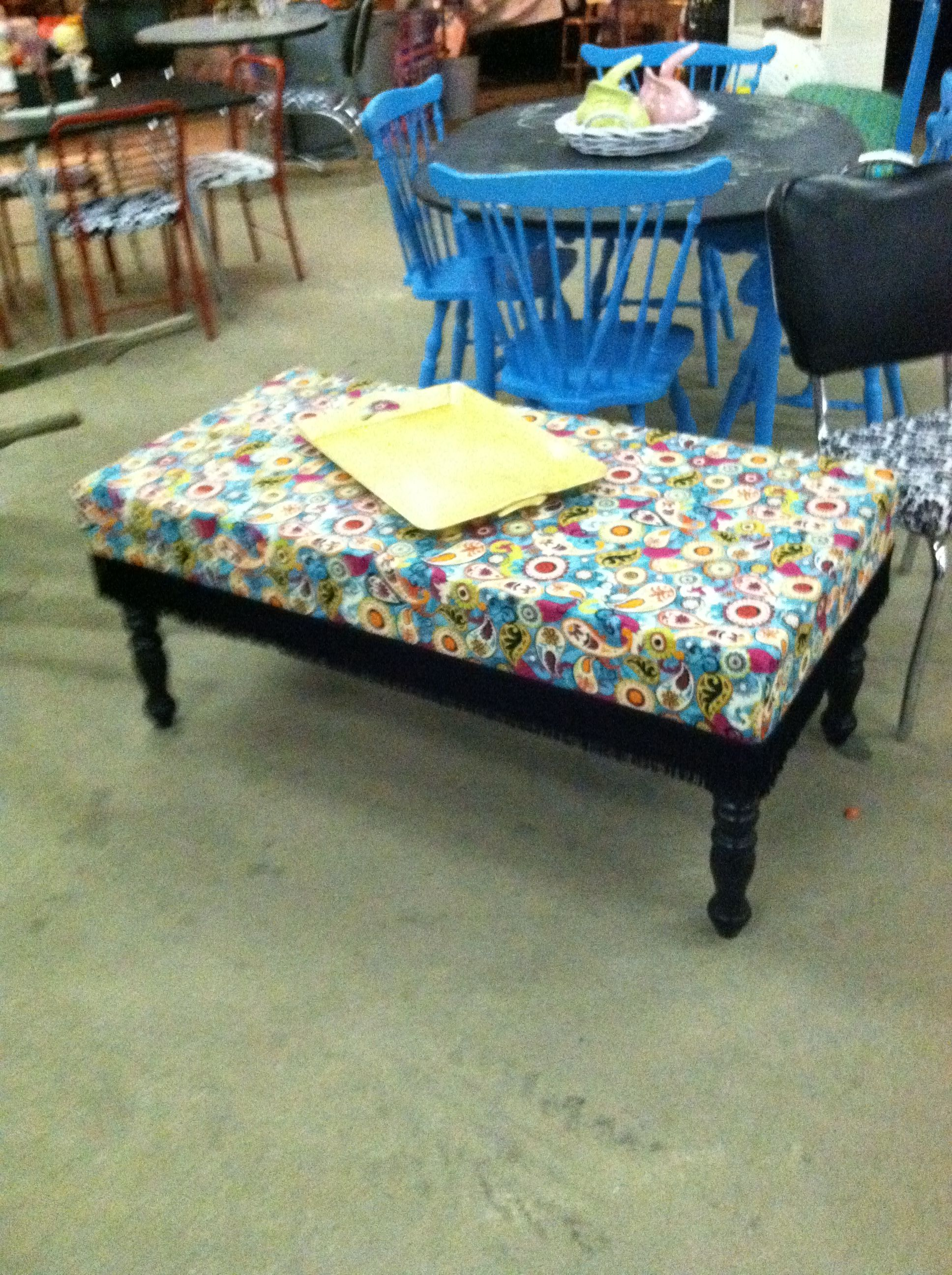 Ottoman made from old coffee table and crib mattress a for Coffee table craft ideas