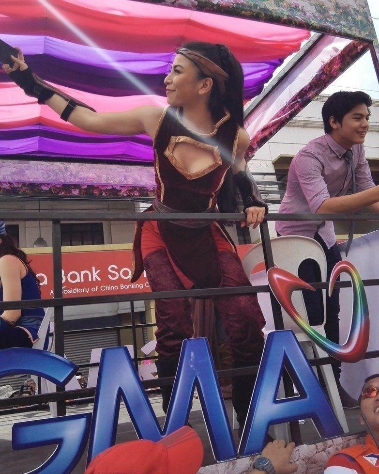 regram @glaizanews #GlaizaDeCastro (@glaizaredux) at today's Kadayawan Festival parade in Davao for promotion of #Encantadia2016 | via @Marz_usep #KapusoKadayawanFestival