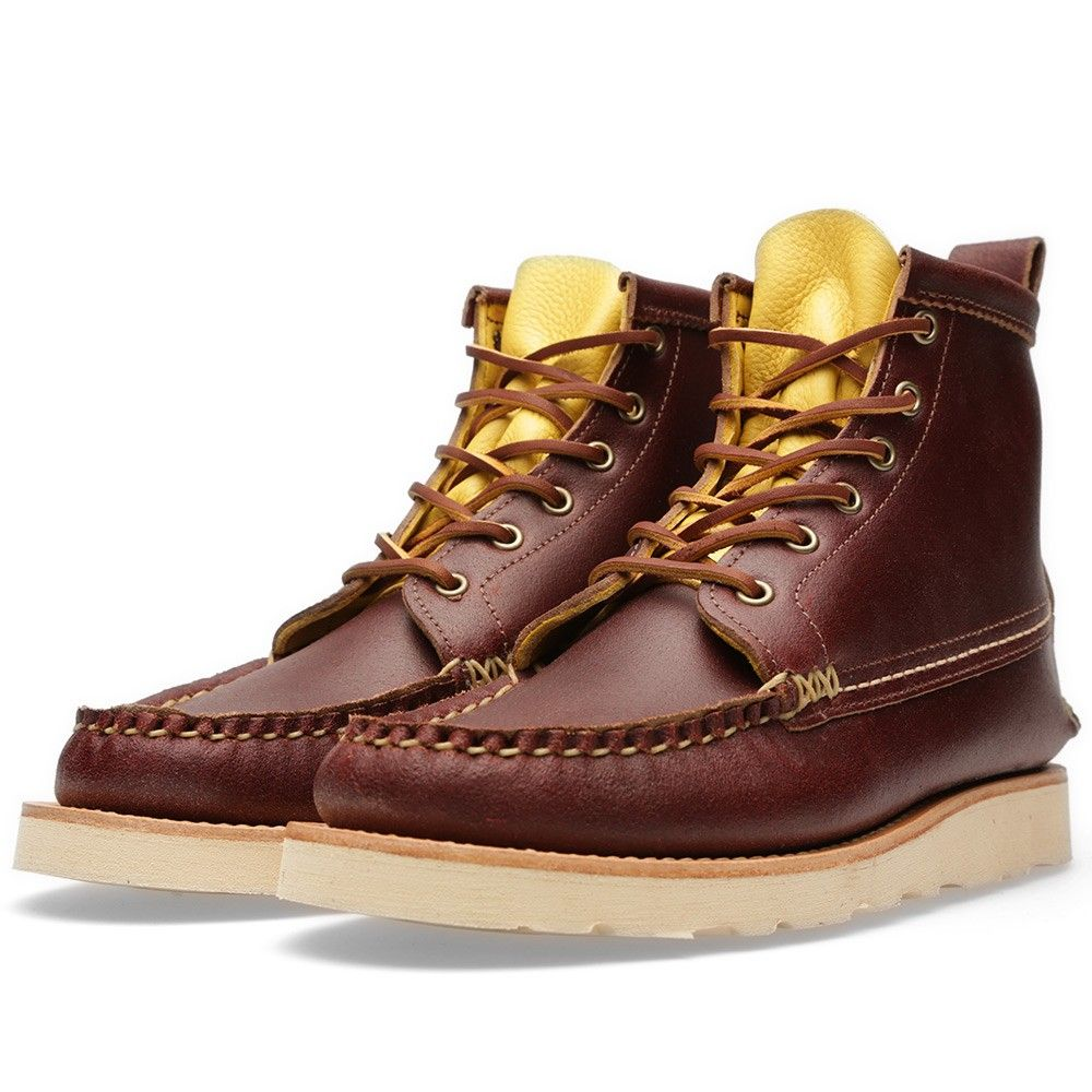 The Maine Guide Boot is a reworking of probably the most recognised  silhouette to come out of the Yuketen workshops, perfectly demonstrating  Yuki Matsuda's ...