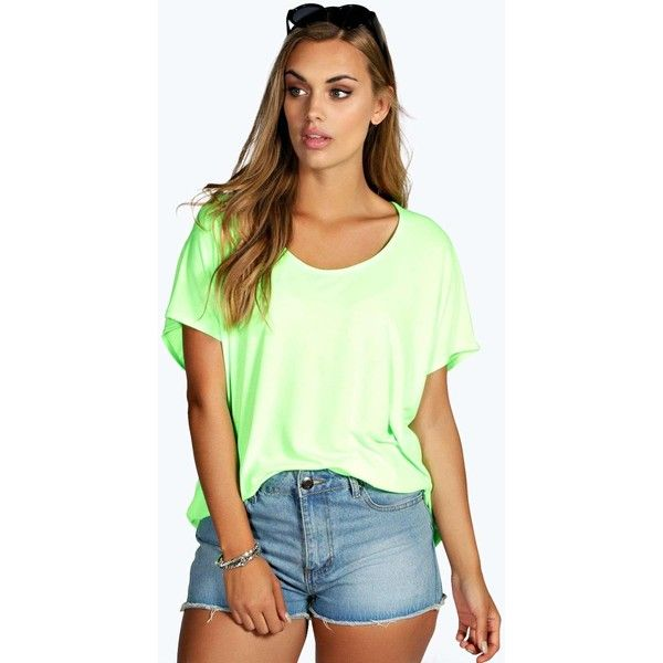 Boohoo Plus Plus Elsa Neon Oversized Tee ($16) ❤ liked on Polyvore featuring tops, t-shirts, oversized t shirt, basic long sleeve tee, crew neck t shirt, ribbed tee and long sleeve tee