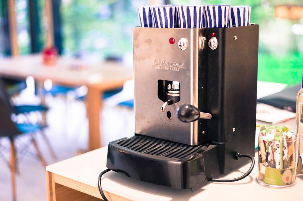 Kaffeepadmaschinen  La Piccola Sara Classic Nero #cafandolove http://www.cafando.at ...