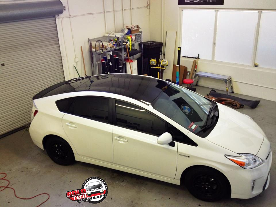 My New 2012 Prius Got A Gloss Black Vinyl Roof Wrap Vinyl Roofing Prius Black Vinyl