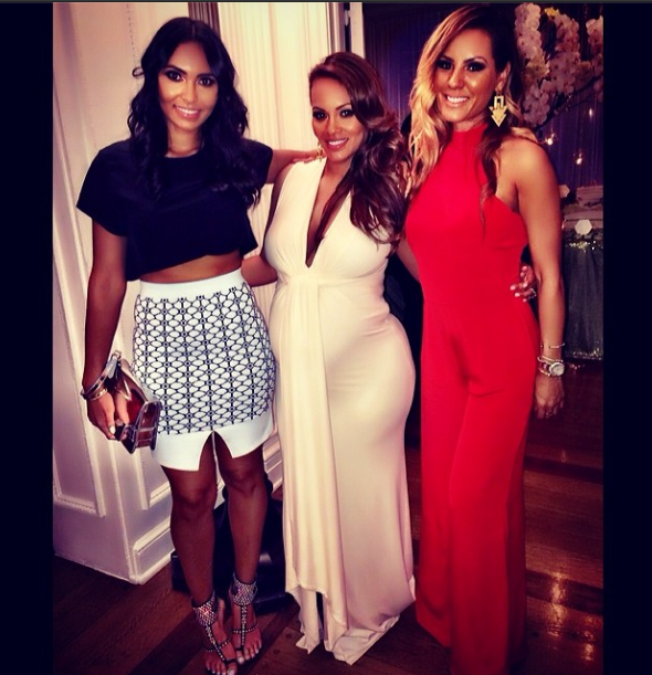 Mom To Be And Reality TV Star Evelyn Lozada Celebrated Her Impending  Arrival At A Diamonds U0026 Diapers Themed Baby Shower This Weekend.