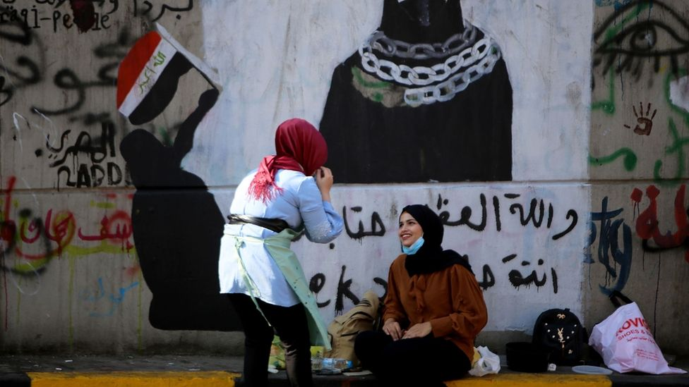 Iraq Protests The Women Rising Up On Baghdad S Walls Bbc News Baghdad Iraqi Women Women Rising