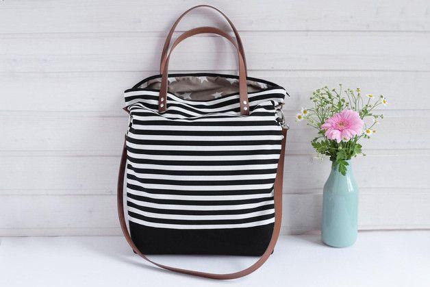 canvastasche in schwarz wei gestreifte handtasche canvas bag in black and white stiped. Black Bedroom Furniture Sets. Home Design Ideas