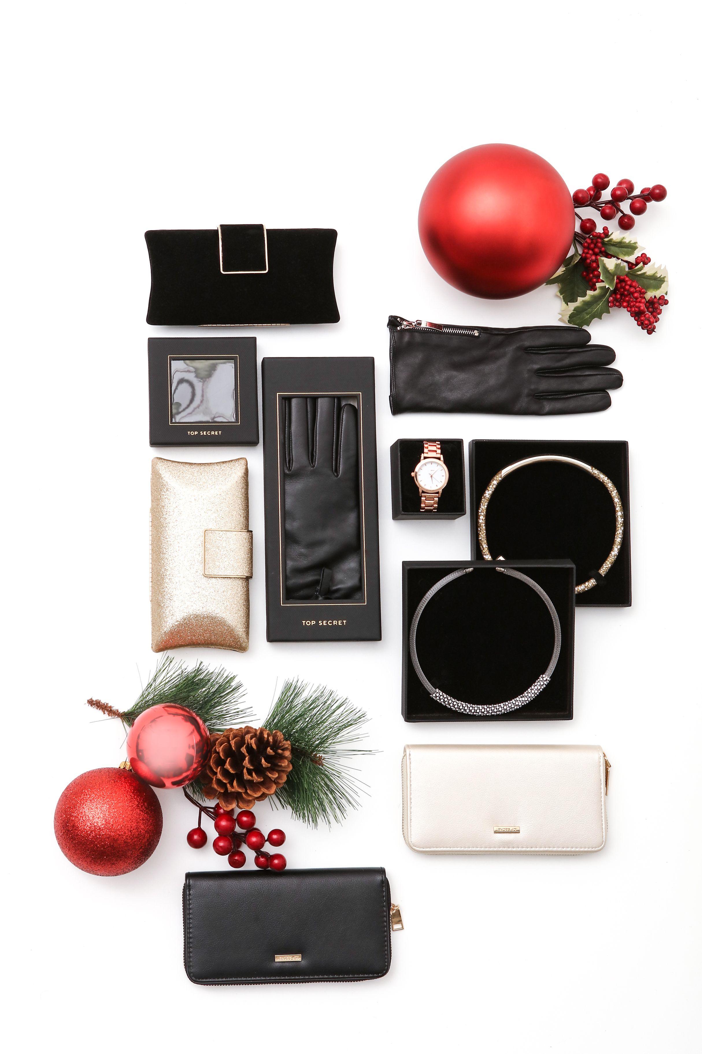 Pomysl Na Prezent Dla Niej Gift Box Giftbox Gift Ideas Gift