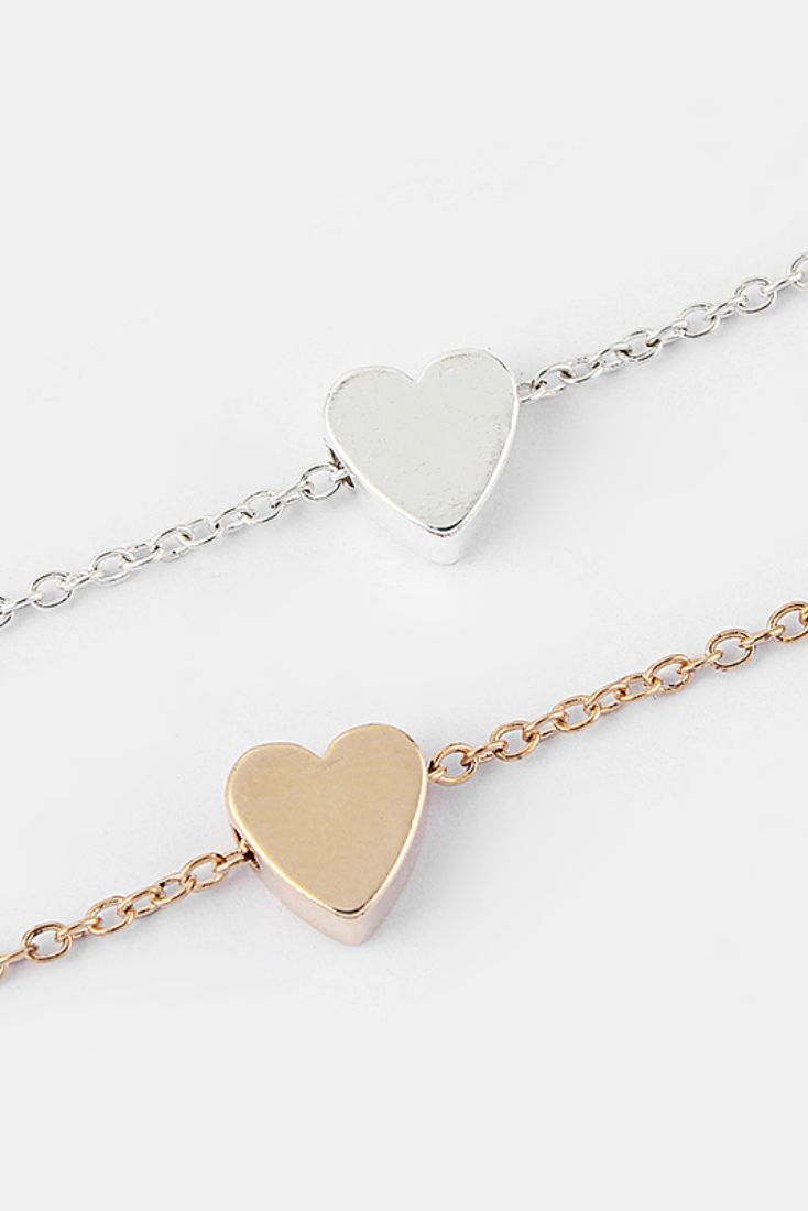 Beautiful minimalist heart bracelet comes in gold or silver choose