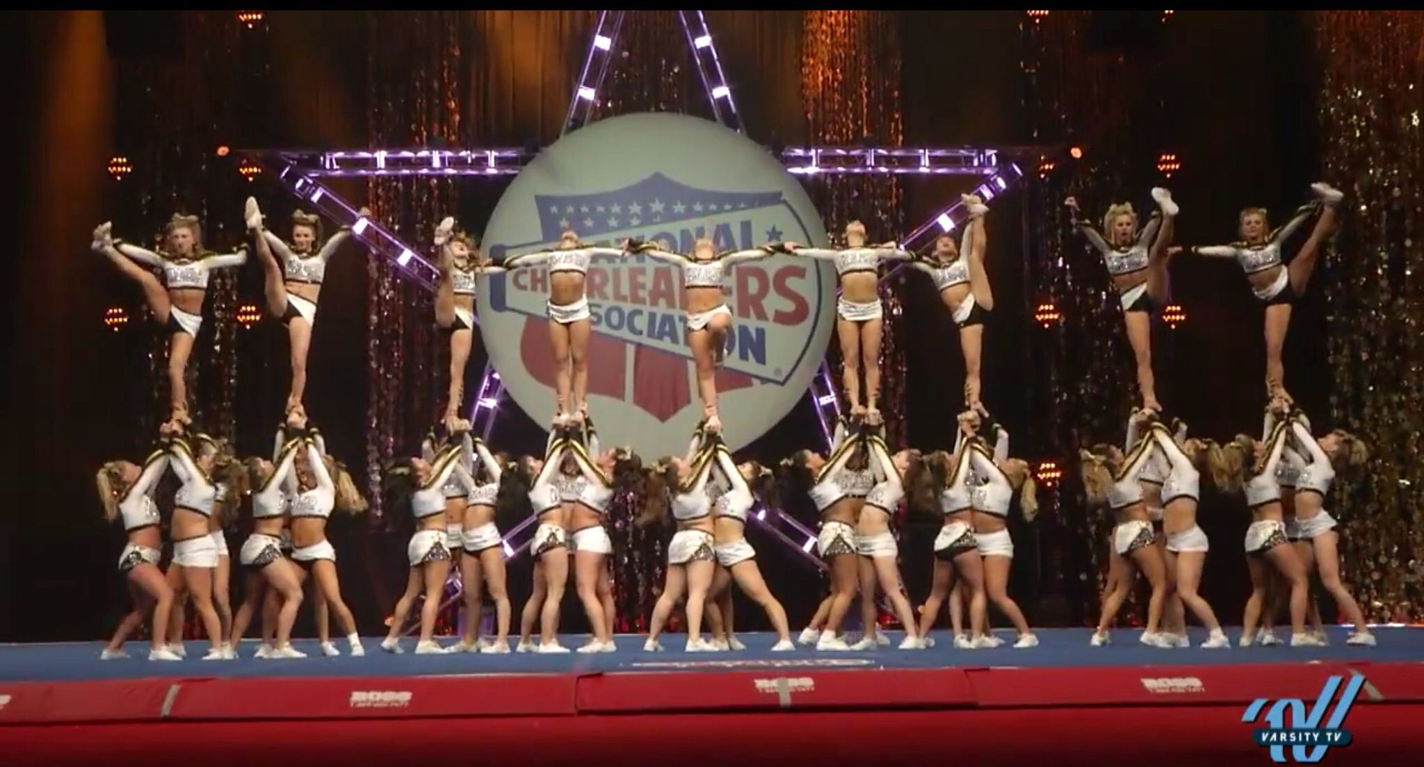 World Cup Twinkles At Nca Championships 2013 World Cup Logo World Cup All Star Cheer