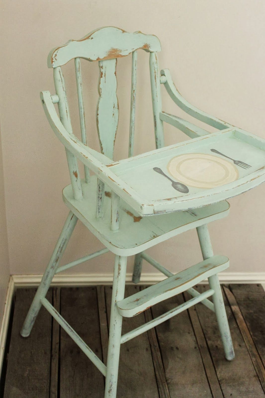 Painted Vintage High Chair I Like The Idea To Paint On The