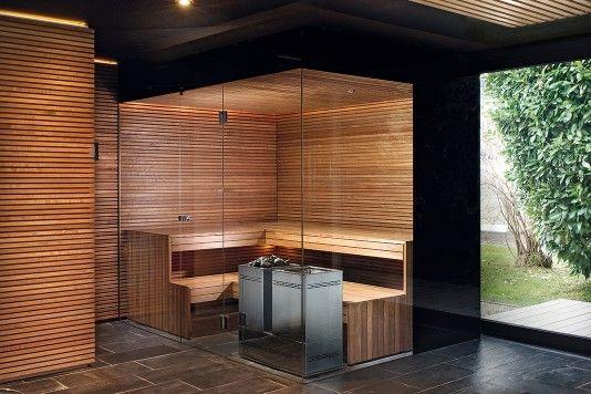 Die dunkle sch ne privatspa mit sauna in edler thermoesche und glas mit schwarzem siebdruck - Moderne wohneinrichtung ...