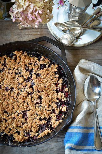 Get all the best parts of a cherry pie without going through the somewhat-laborious process of prepping pie crust by making this cherry skillet crumble.                   Source: Heart of Gold