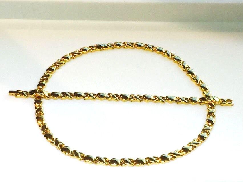 Hugs And Kisses Gold Tone Necklace & Bracelet Set 18\