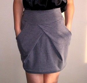 Gray Tulip Skirt: Comfy, flattering & Pockets!