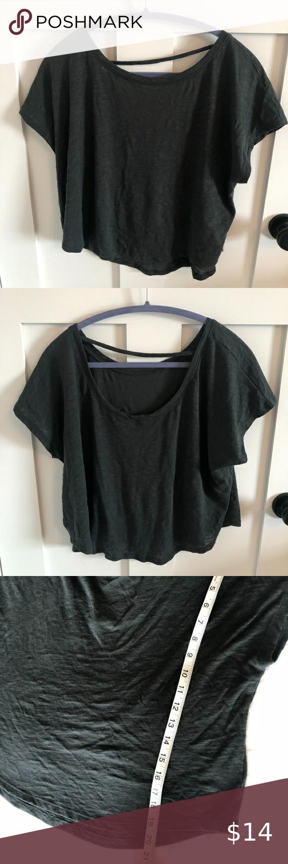 Athleta Cropped Open Back T Shirt Clothes Design Athleta Black Shirt