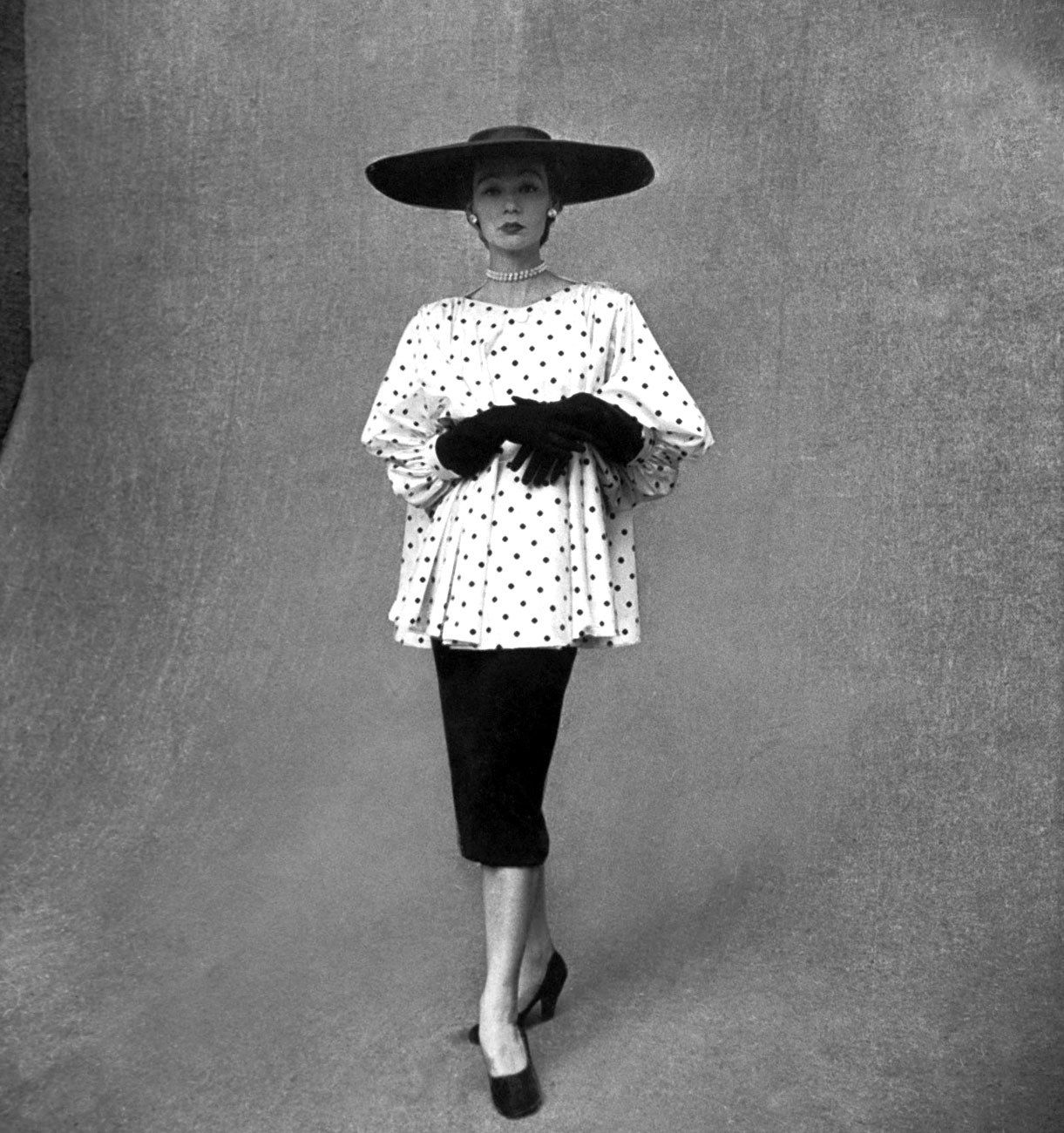 Photos: The 1950s Resurgence of Parisian Couture in Fashion
