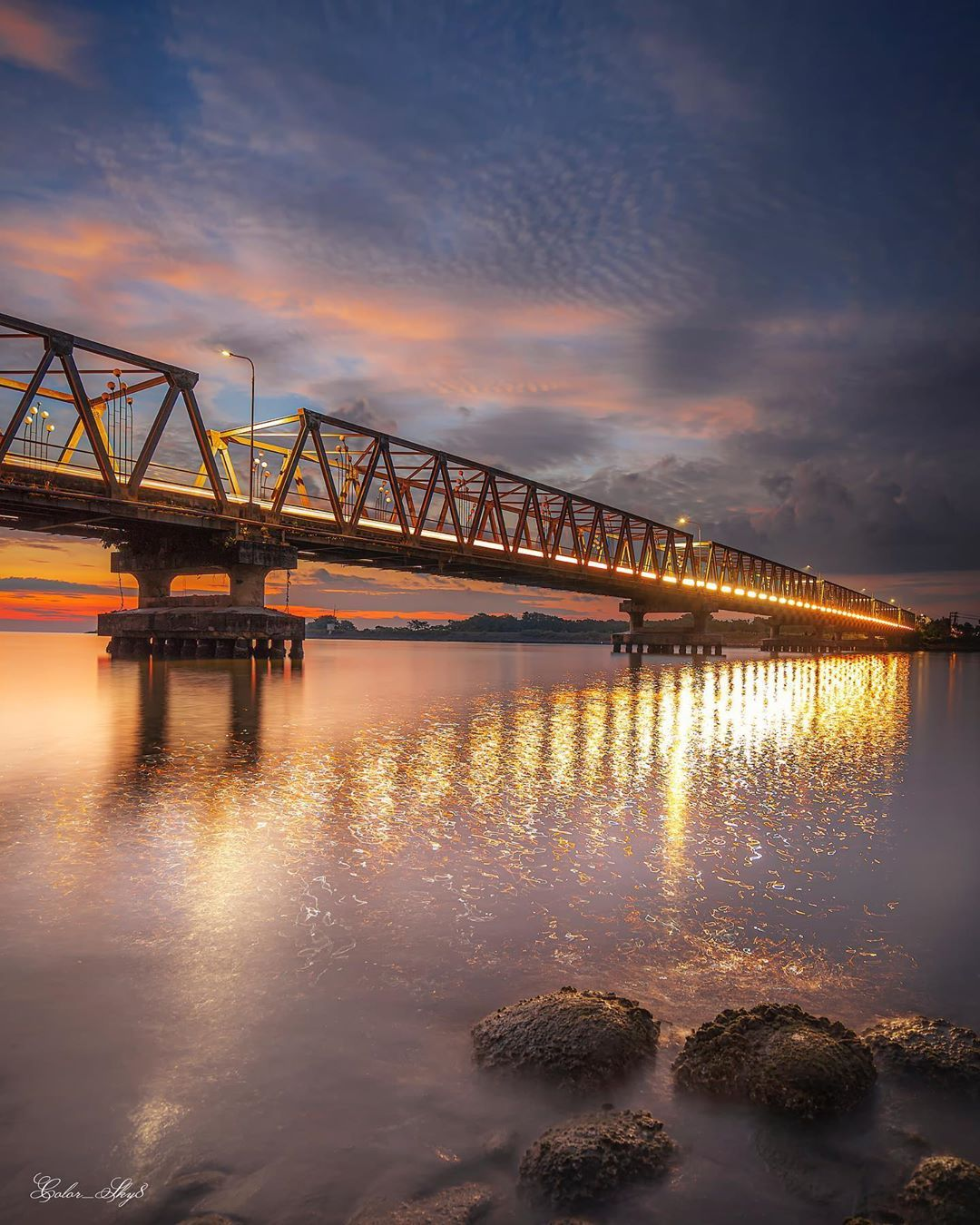 "colorsky on Instagram: ""bridge....... ============= ============= • • •  #jaw_dropping_shots #hubs_united #planetearth #super_shotz #longexpoelite #longexposure…"""