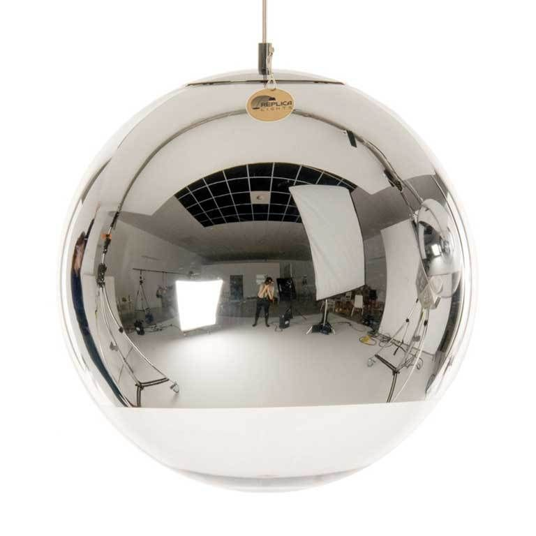 Replica Tom Dixon Mirror Ball Pendant Lamp.  A truly eye-catching space helmet inspired super reflective Mirror Ball Pendant was originally designed by British designer Tom Dixon and was launched in 2003. (http://www.replicalights.com.au/tom-dixon-mirror-ball-pendant-replica-lamp/)
