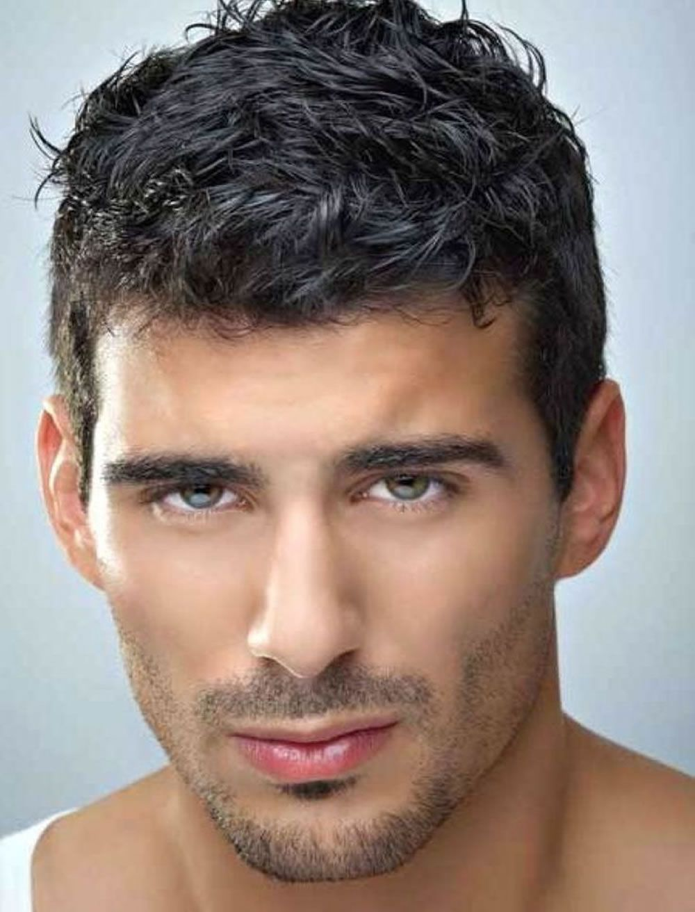 Pin By Miguel Santiago On Haircut Not Too Short In 2020 Mens Hairstyles Thick Hair Thick Hair Styles Coarse Hair