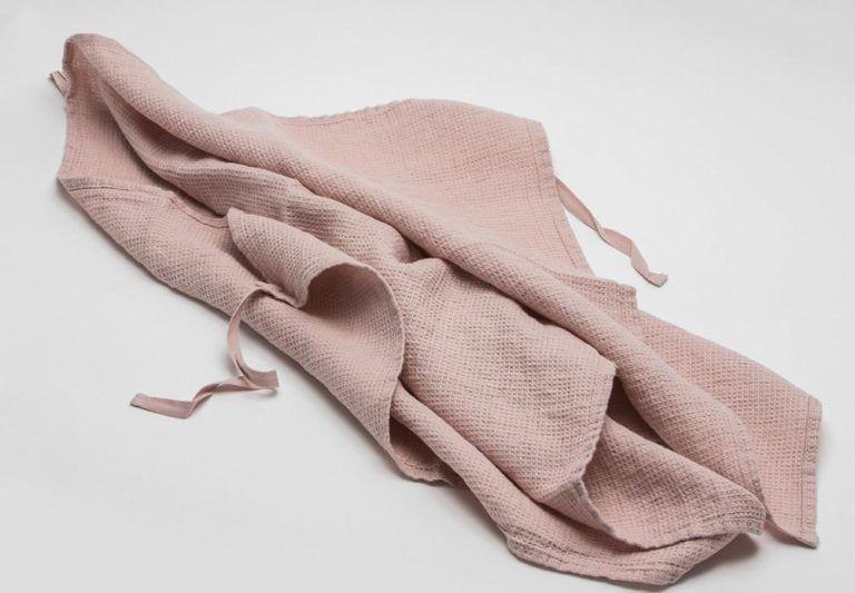 Sumptuously Soft Linen Dish Towels That Double As Aprons Dish Towels Towel Towel Apron