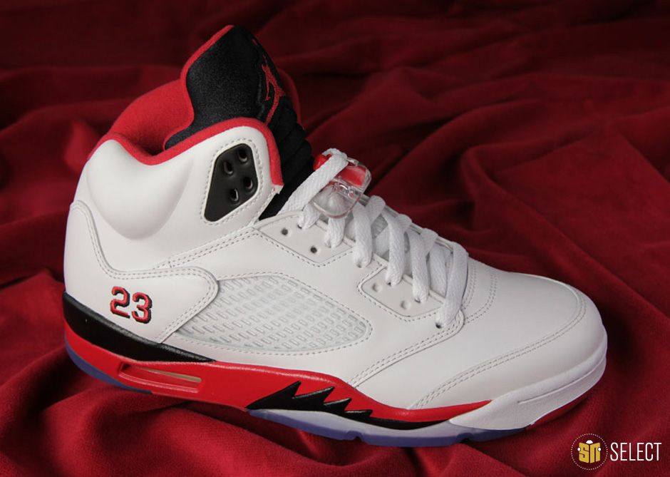 Air Jordan V Fire Red  The Original Raging Bulls 0f65d3f42a