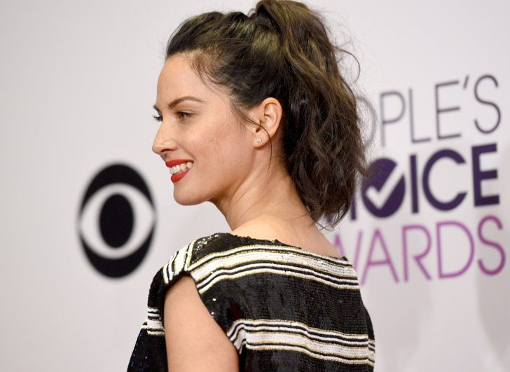 Pin for Later: See All the Stunning Hair and Makeup From the People's Choice Awards Olivia Munn Her tousled, voluminous pony had slight beach texture, making the look sophisticated yet casual.