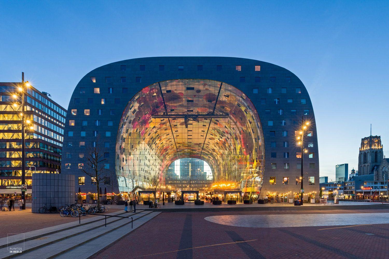 Markthal: kleurenexplosie in Rotterdam — Architectuurfotograaf   Rotterdam,  Nederland, Kunstwerk