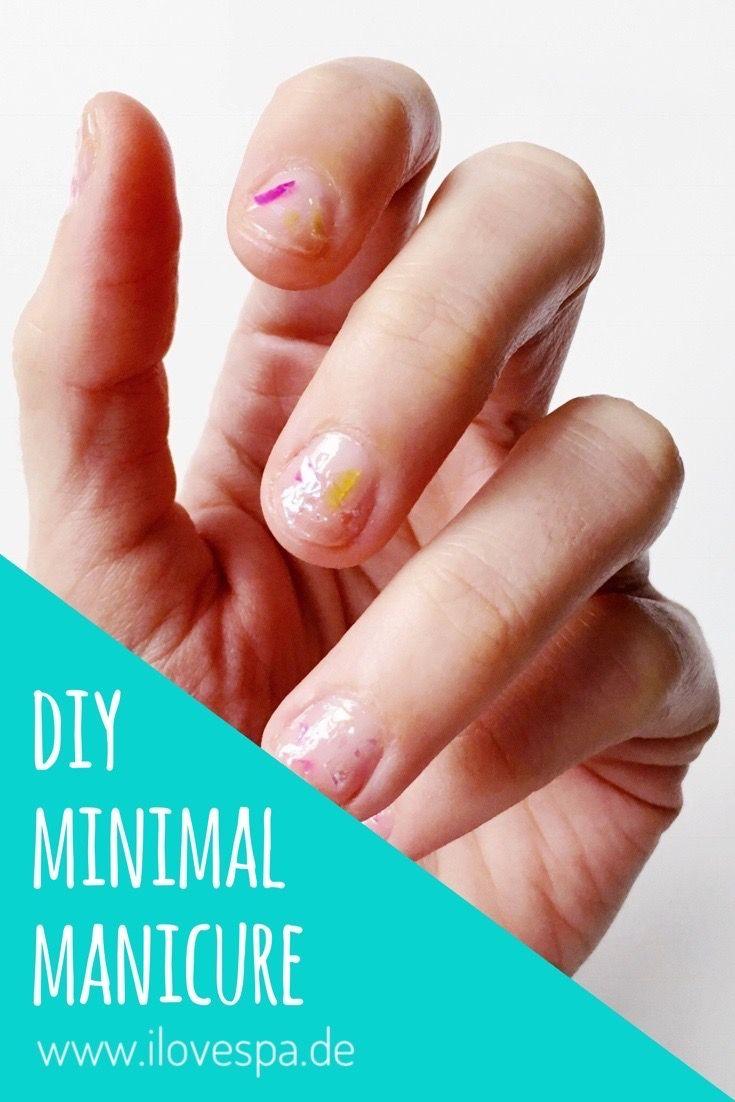 Schlichtes Nageldesign DIY Minimal Manicure Glitter Flakes | Flakes