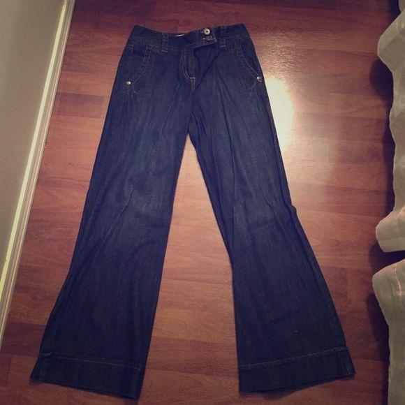 Ann Taylor dark denim wide leg denim Very cute, dark denim, wide leg Ann Taylor denim. 28 inseam Ann Taylor Pants Trousers
