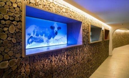 Modernes Wohnzimmer Holz Wandpaneele Aquarium